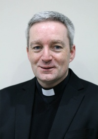 Canon Dominic Golding VG